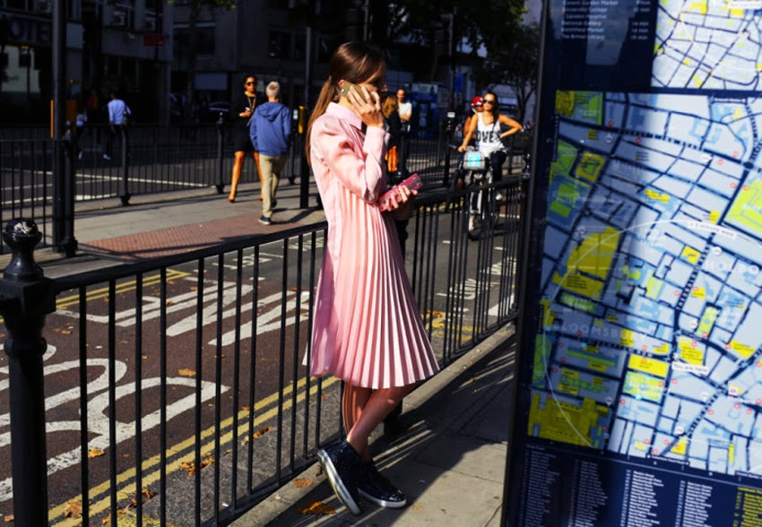 London fashion week street style looks / outfits