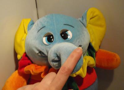 1256. Bohóc elefánt