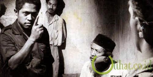 Pagar Kawat Berduri (1961)