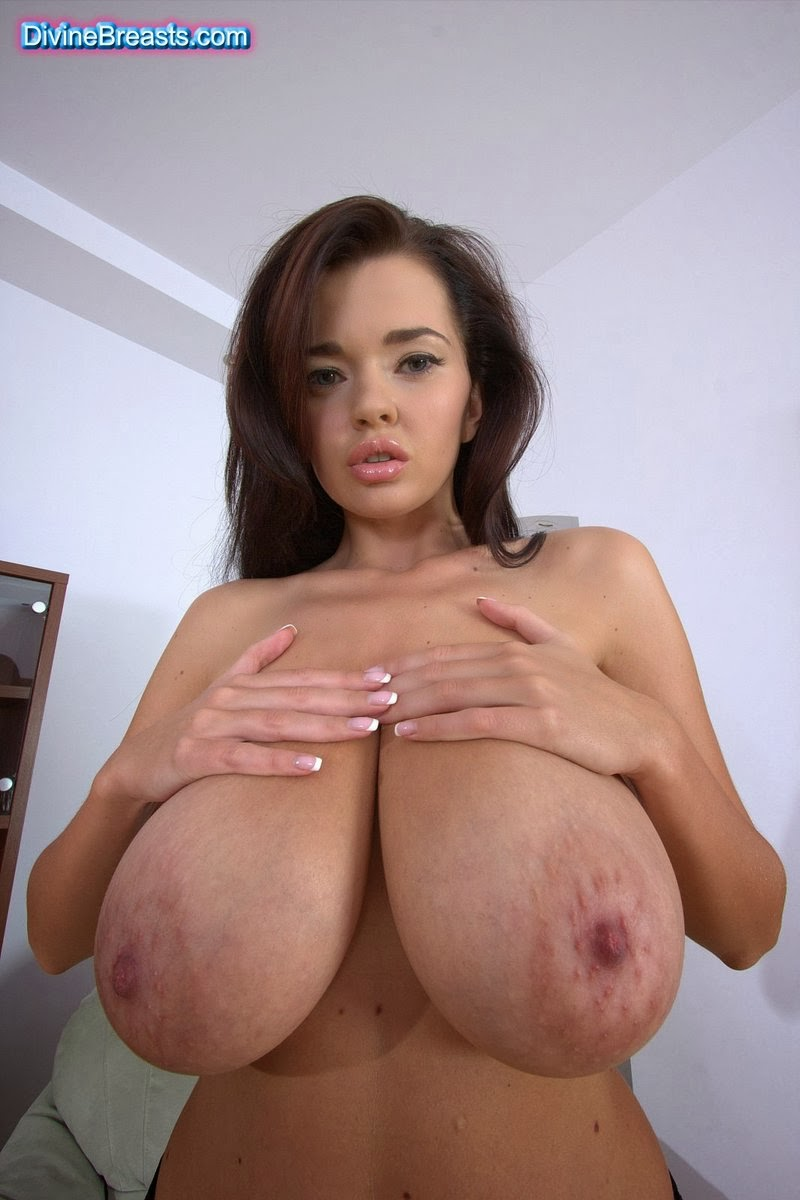 Horny Her giants boobs pictures suis&nbsp