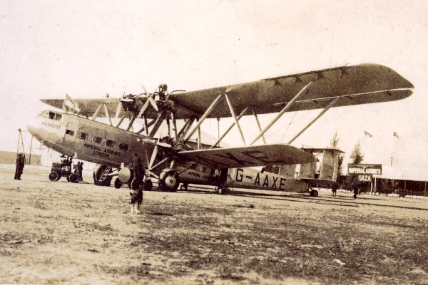 Handley Page HP42