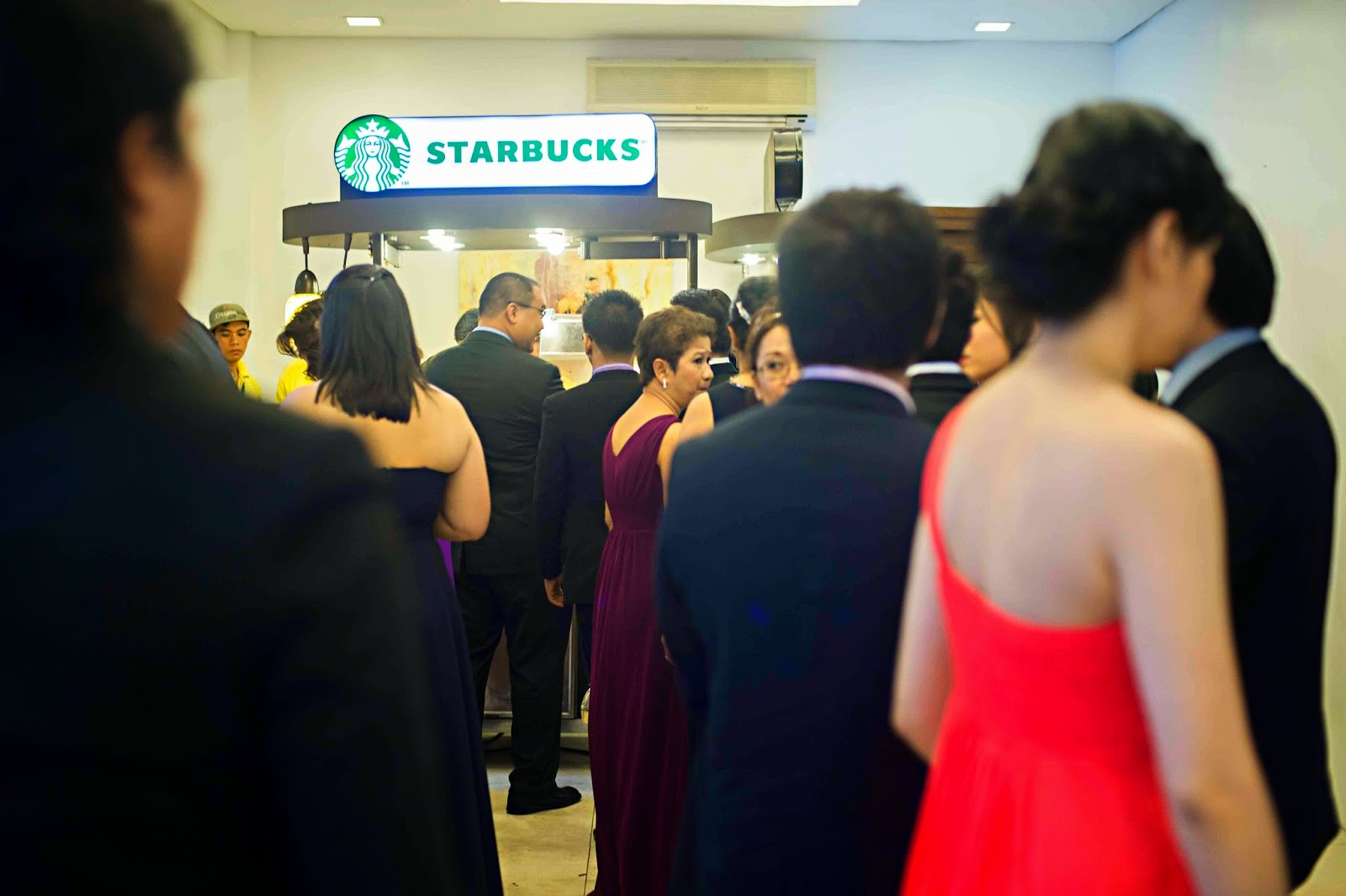 Starbucks Booth Line