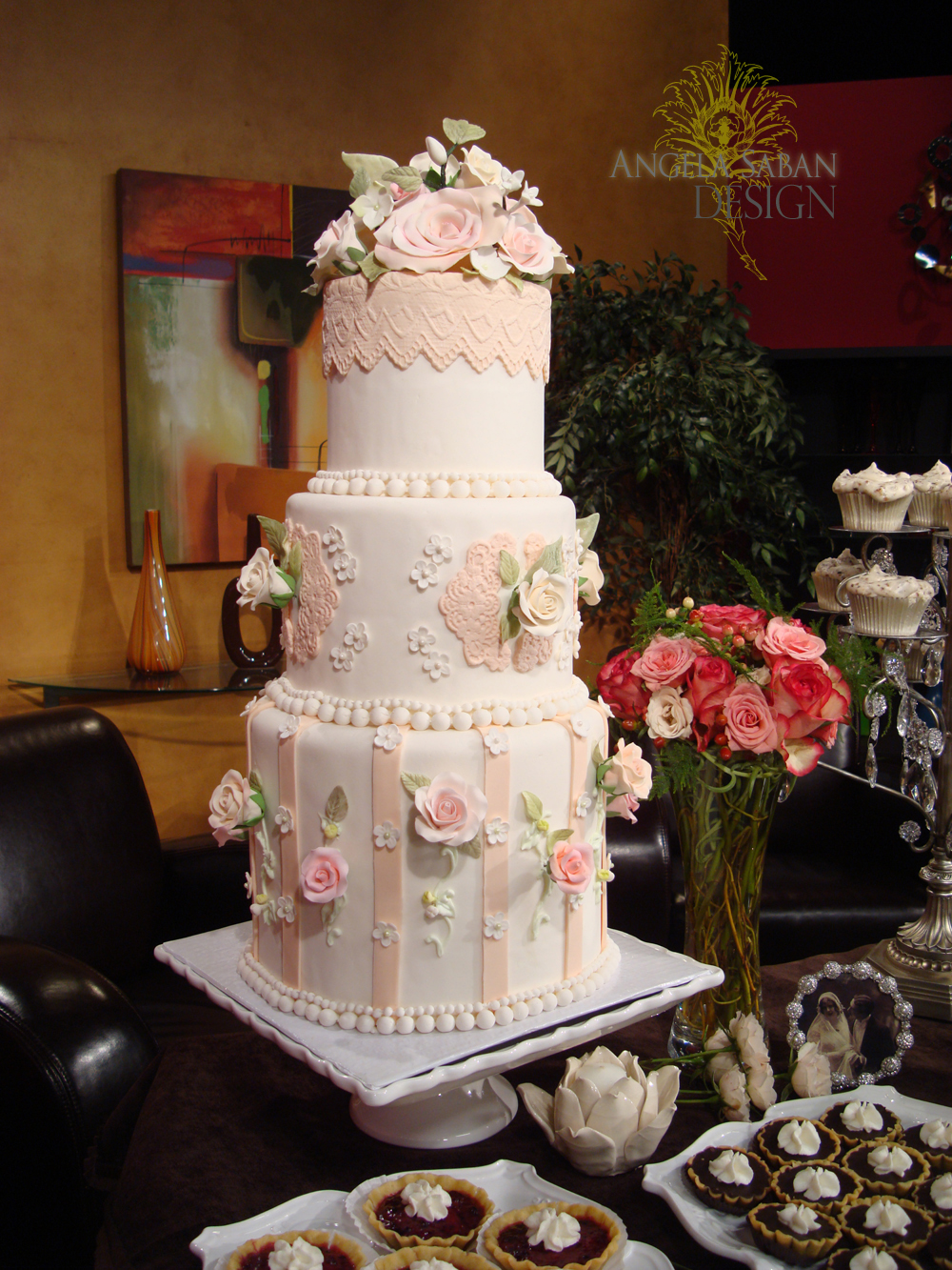design minded: Roses + Pearls + Lace Pink Wedding Cake