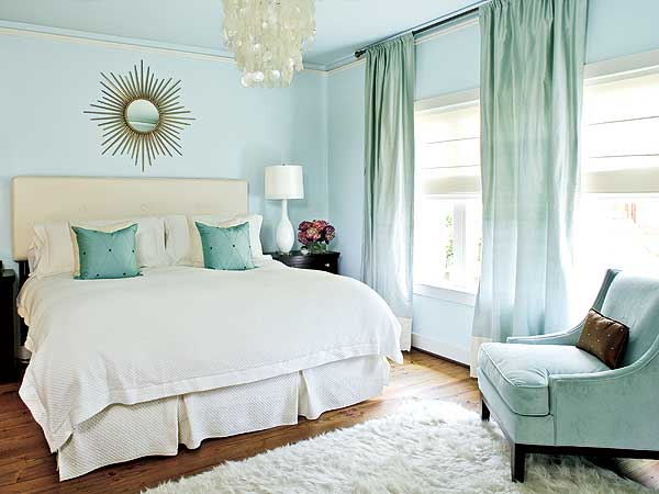 Blue master bedroom ideas interior design and deco for Blue master bedroom ideas