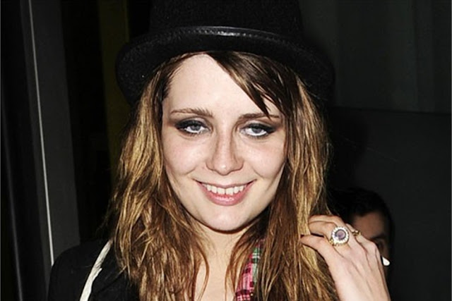felicityamy: between the gutter and the stars... Mischa Barton Heroin