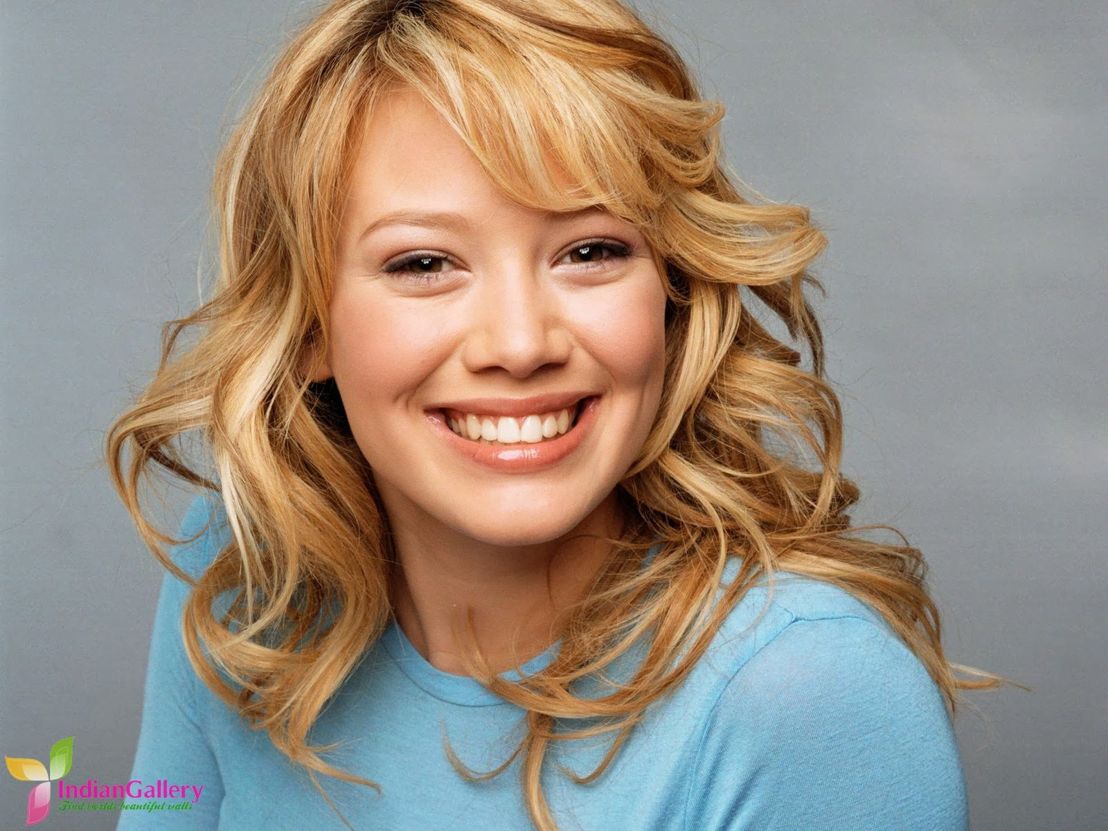 Wallpapers Free Downlo... Hilary Duff