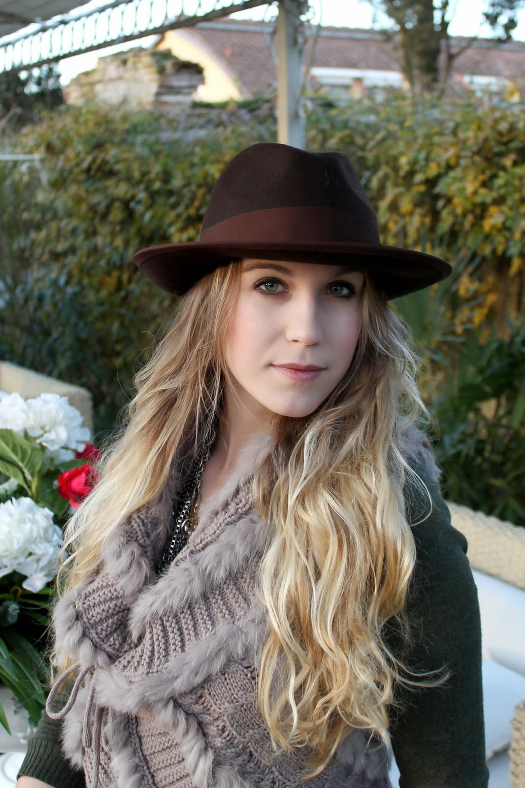 brown felt hat bcbg