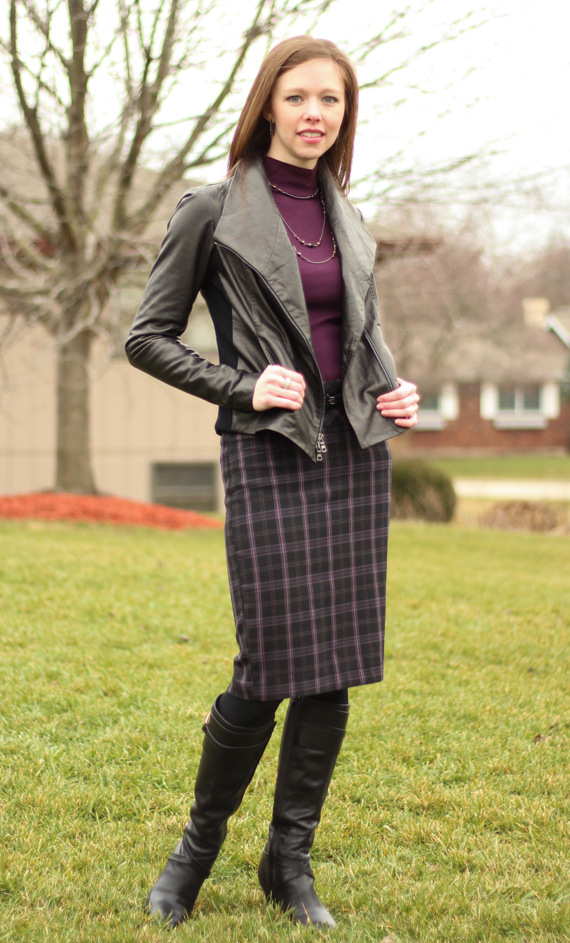 StyleSidebar - Plum Plaid, Black Leather