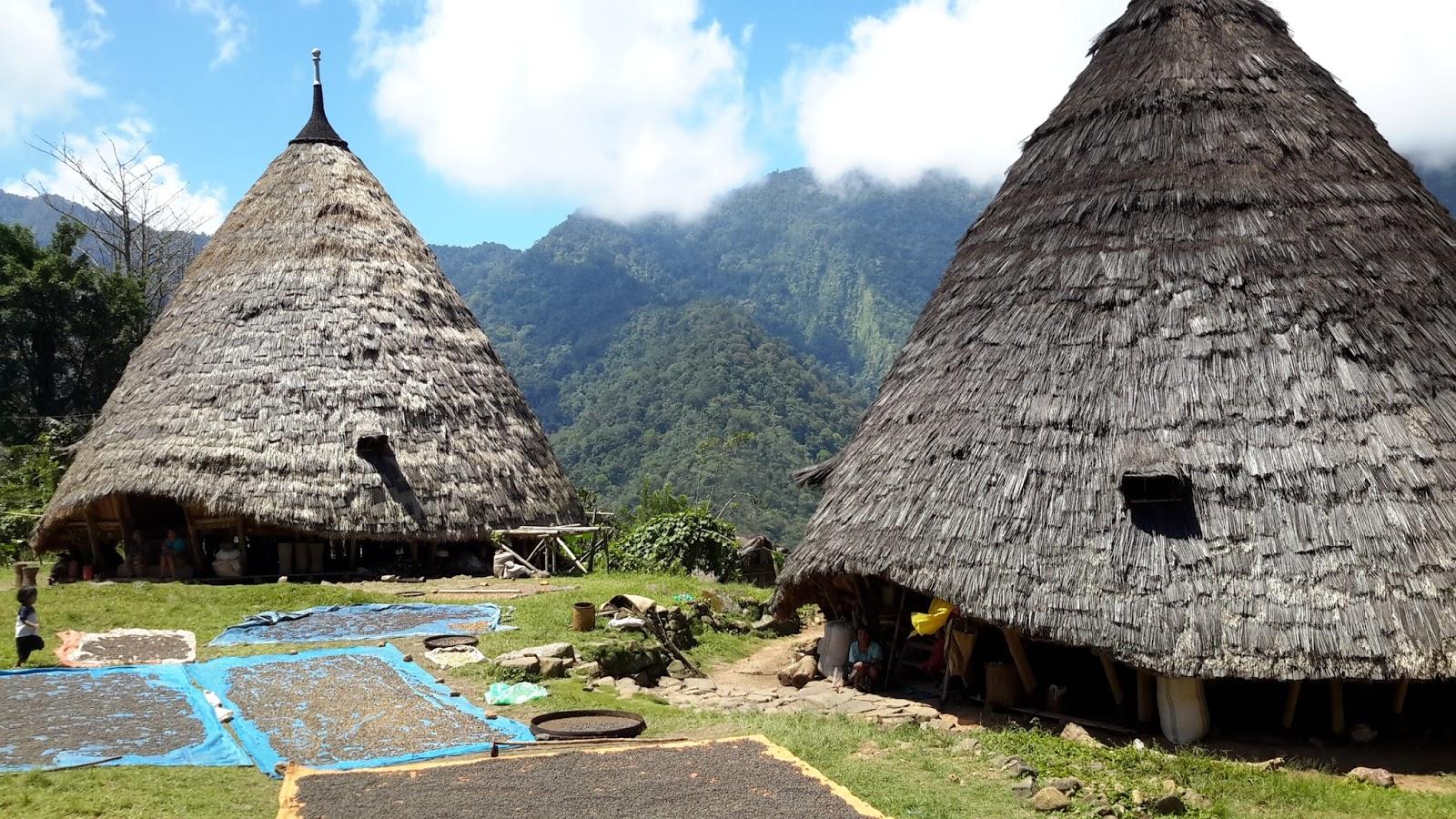 Giorni balinesi la mbaru gendang la casa tradizionale for La casa toscana tradizionale