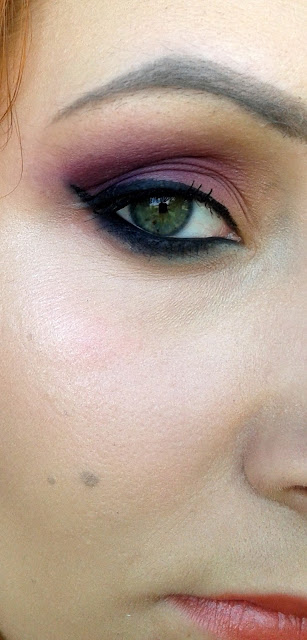 Matowy makijaż w odcieniach burgundu - Sleek Ultra Mattes V2