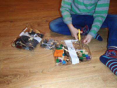 Mikołaj, prezenty mikołajowe, klocki lego