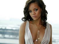 Barbados Star Rihanna nude Boobs