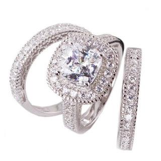 Halo Bridal Engagement Ring Set