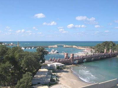 montaza beach