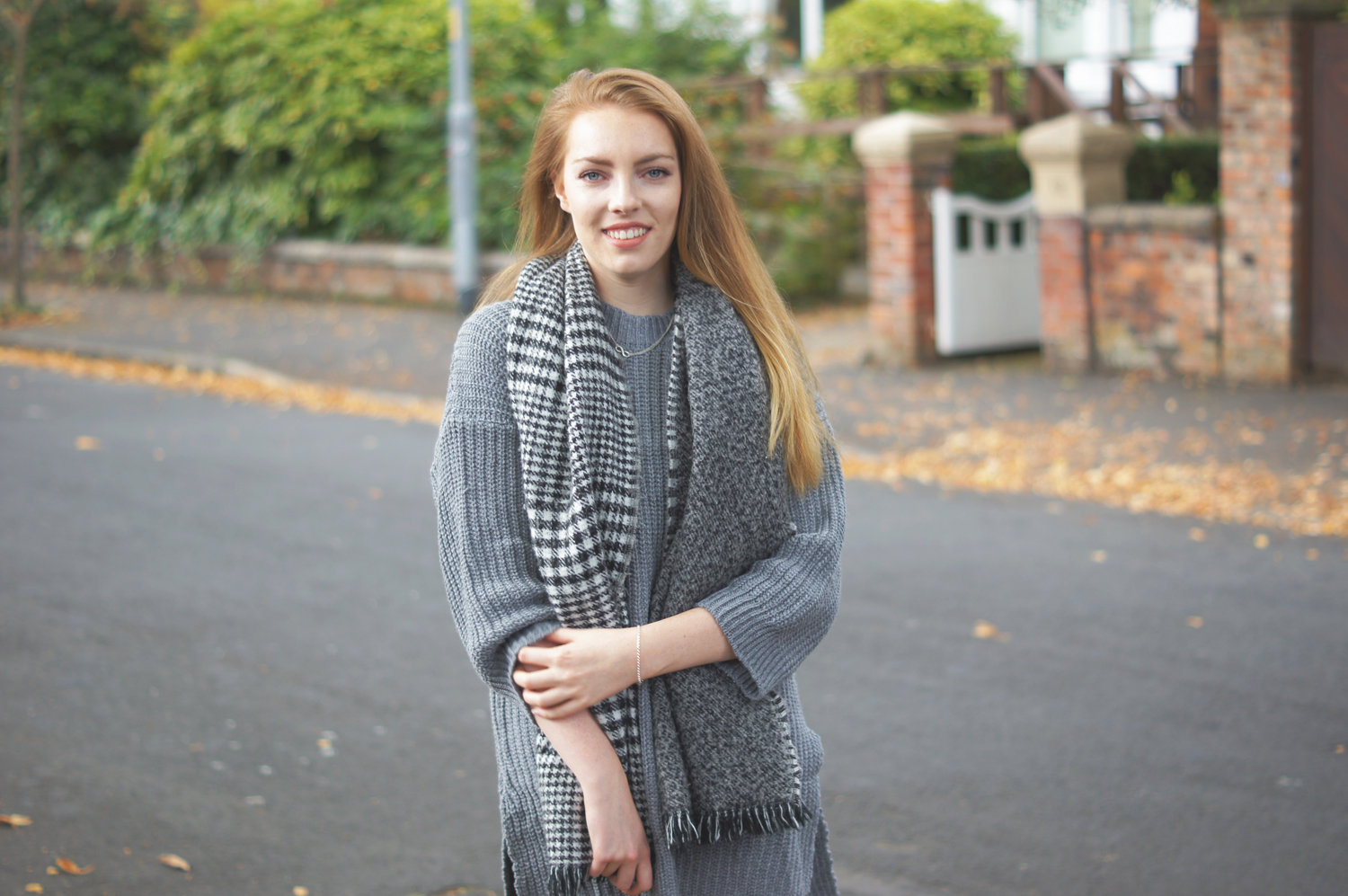 dogtooth blanket scarf