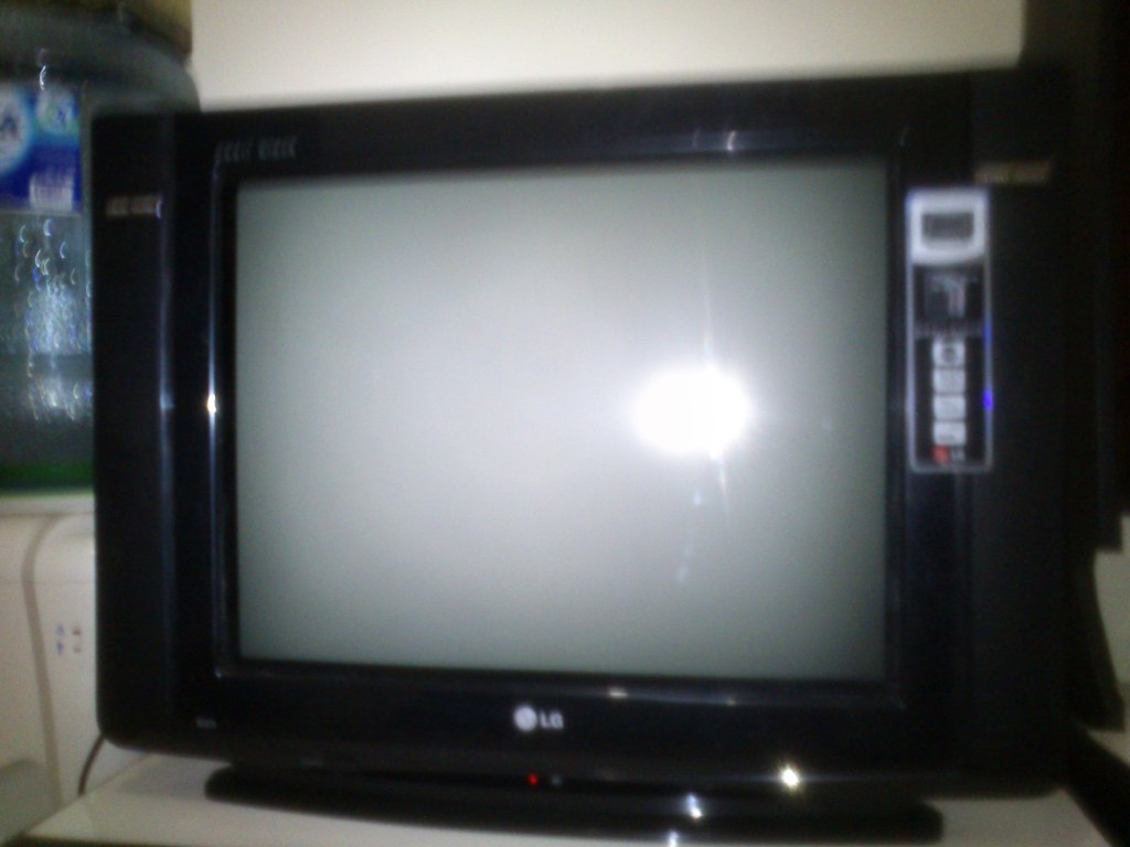 SINAU BARENG SECARA ONLINE TV LG SLIM 21 INC BELANG