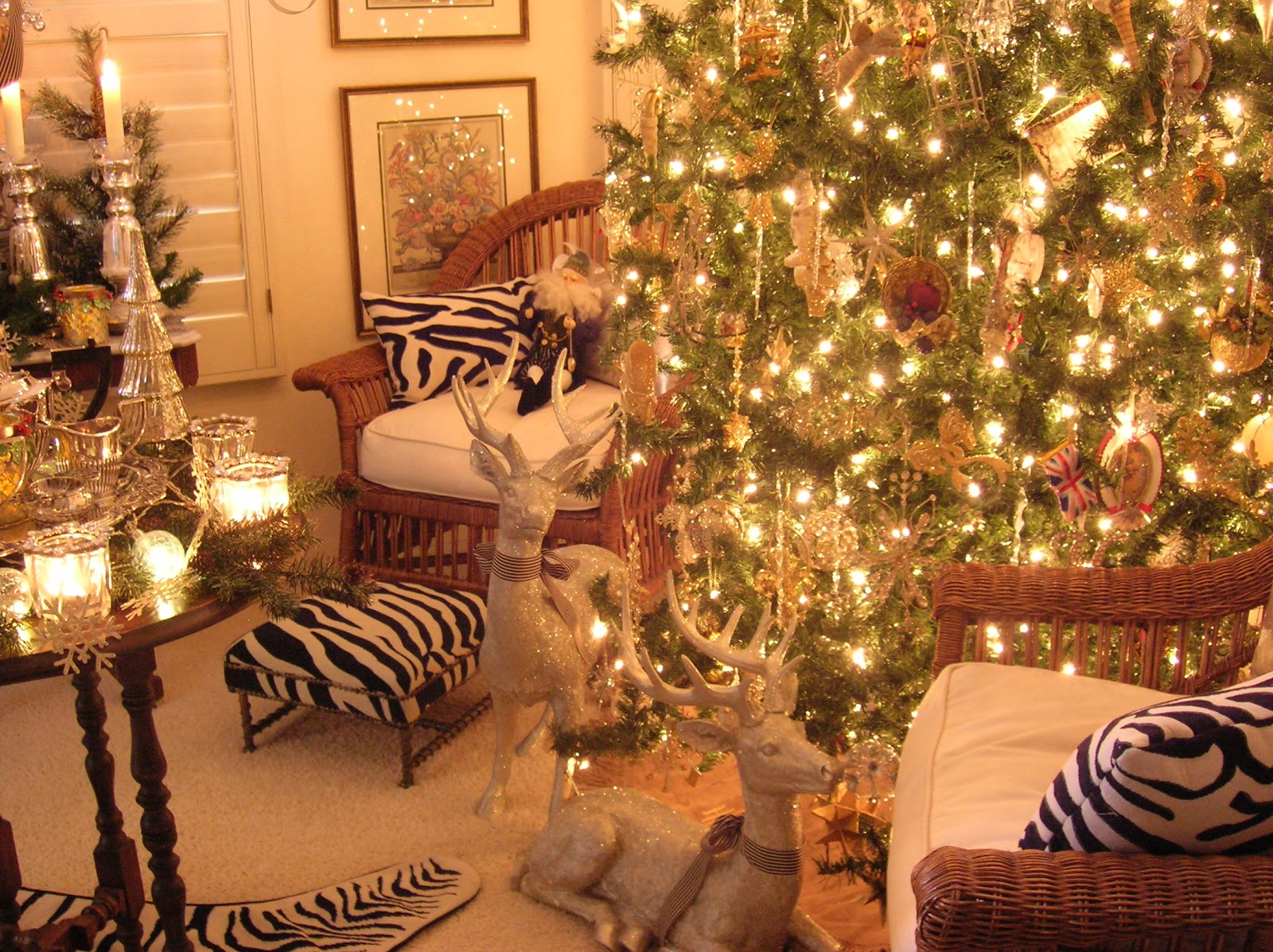 come on in and gather round the treeim getting organized for christmas eve when family and friends will gather with us to enjoy our traditional menu of