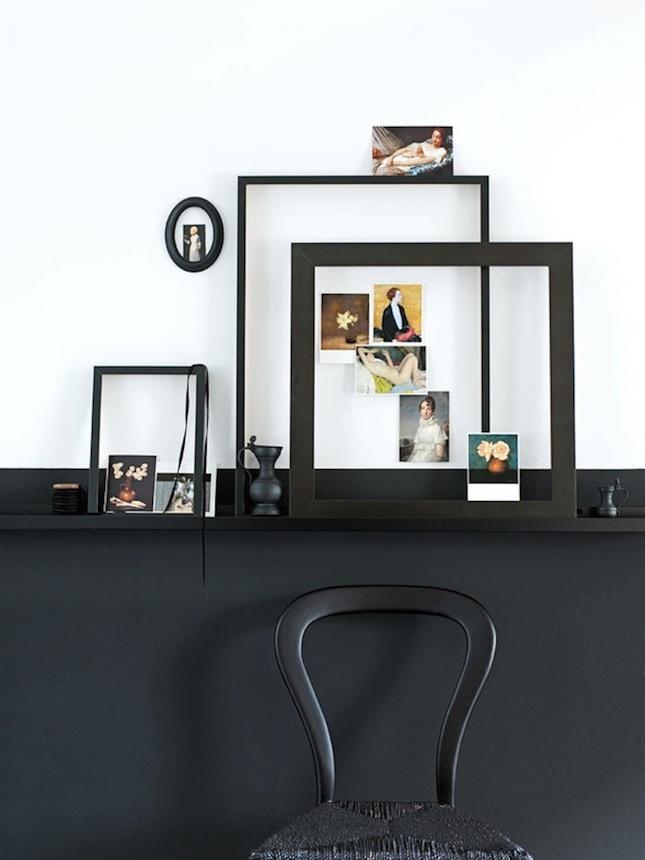 d couvrir l 39 endroit du d cor l 39 art de pr senter l 39 art sur une tag re porte cadres. Black Bedroom Furniture Sets. Home Design Ideas