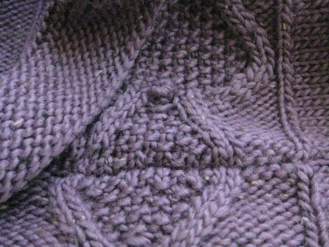 Chez Lizzie: Grafting or Three-Needle Bind Off? How to Choose