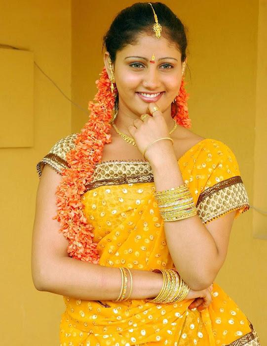 amrutha valli beautiful saree