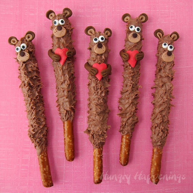 chocolate teddy bear pretzel pops 2