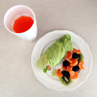 The Michalek Kitchen: Turkey wrap and fruit