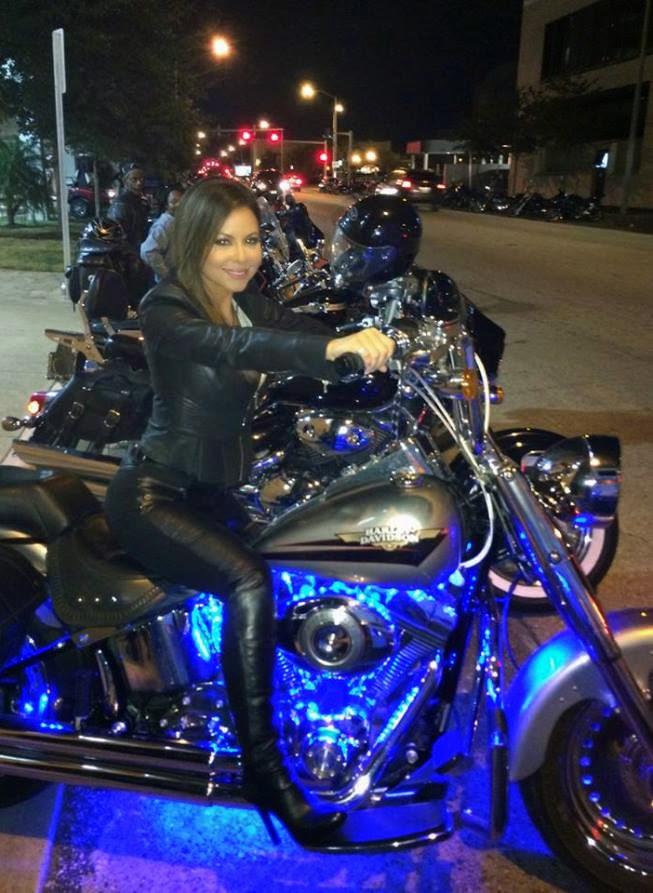 Jennifer Reyna Facebook The appreciation of booted news women blog