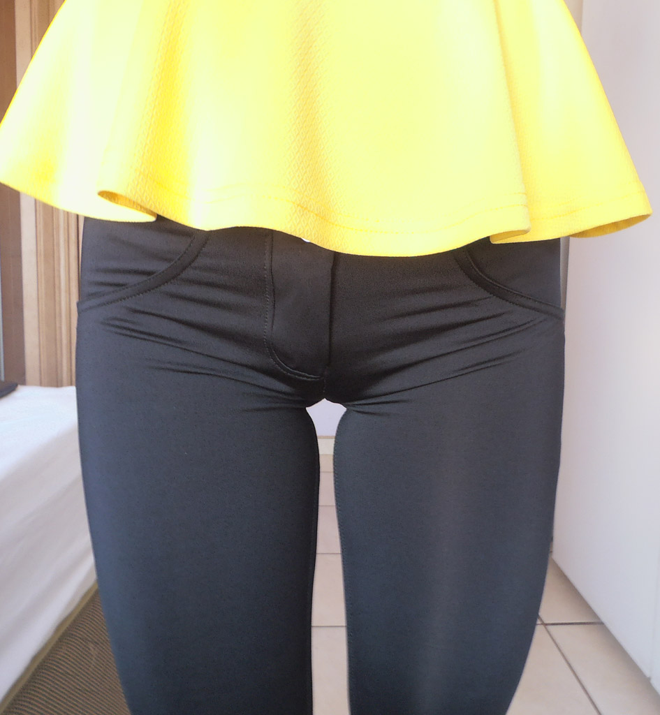 Nice Bbw Cameltoe and booty in leggings