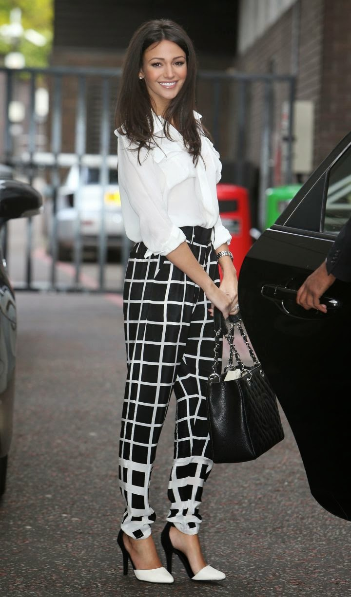 Michelle+Keegan+Looks+Gorgeous+(2) Michelle Keegan Looks Gorgeous at Outside ITV Studios, London