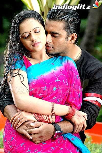 A FOR ACTRESS: bhavana and madhavan hot