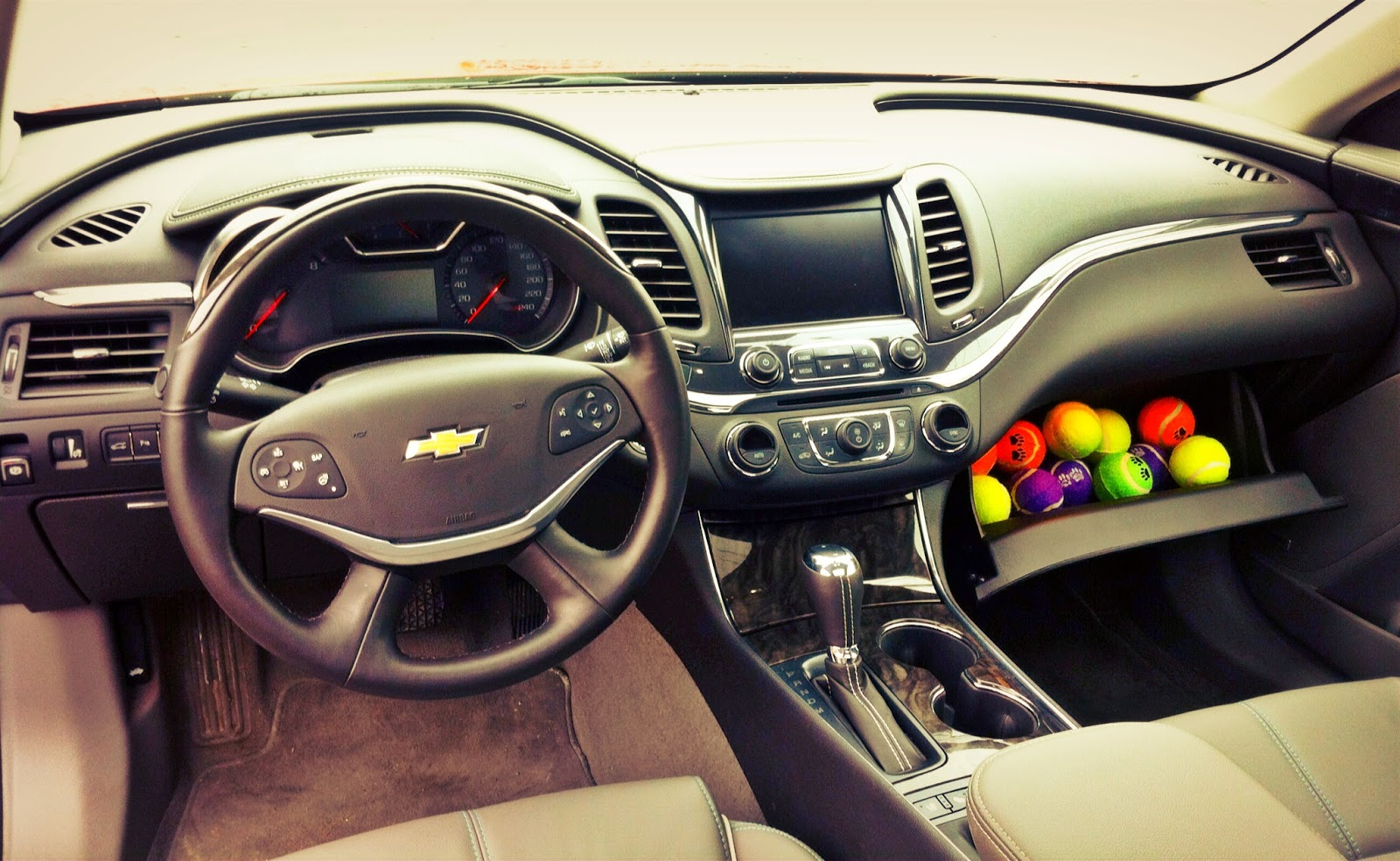 2014 Chevrolet Impala LTZ interior