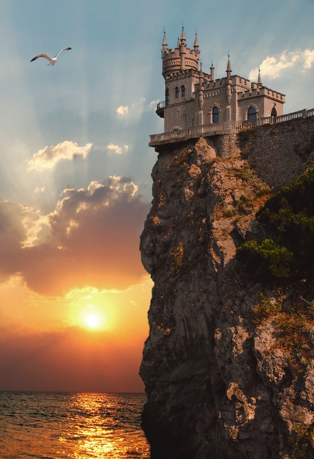 Cliff Top Castle Swallows Nest Crimea HD desktop wallpaper