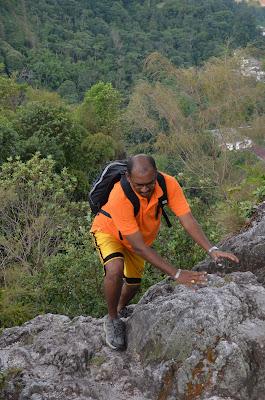 Adventure TeamBuilding - BigTreeTours Team - Mount Tabur Challenge - Bukit Melawati Climb