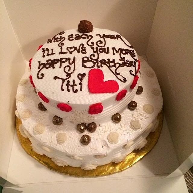 Check out Teebillzs birthday cake to Tiwa Savage