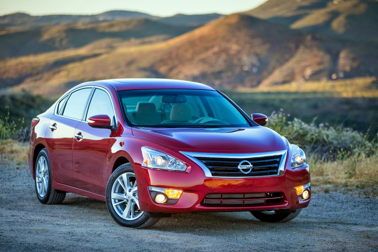 All the pluses add up in Nissan's Altima