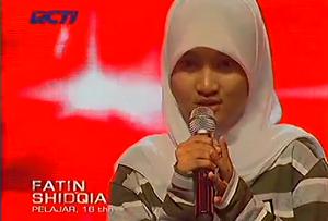 Video Fatin X Factor Indonesia Lagu Grenade Bruno Mars
