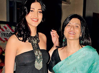 Shruti Haasan and Sarika
