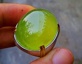 manfaat batu giok aceh hijau, manfaat batu giok merah,