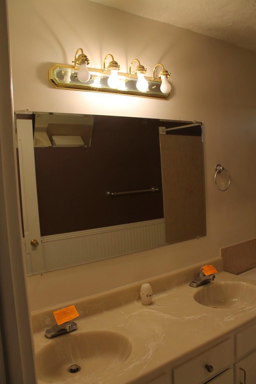 Bright and Beautiful Budget Bathroom Remodel - thecraftpatchblog.com