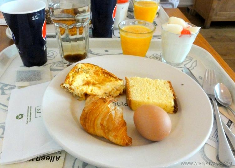 V&D warenhuis ontbijtje €2,50