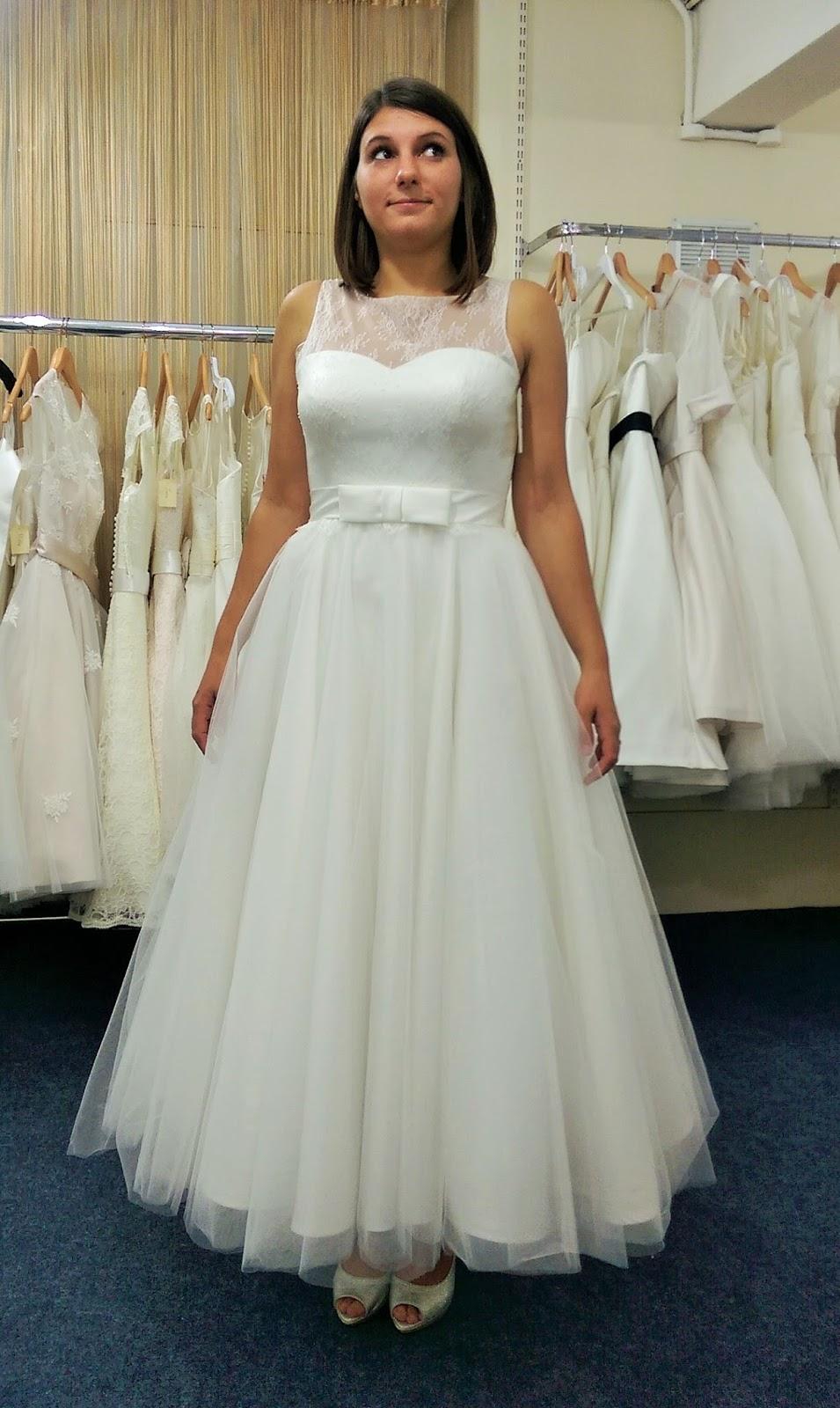 Emily Kate Makes...: Operation Wedding Dress - Stage 2