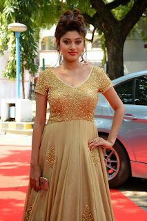Oviya Latest Pictures in Long Dress at Sandamarutham Audio Launch