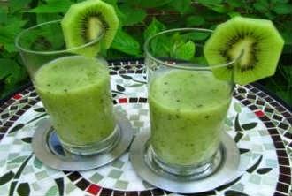 Suco para emagrecer de maçã e kiwi