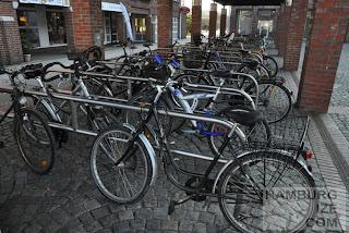 Fahrradparken am Bahnhof Norderstedt-Mitte