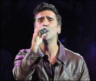 Alejandro fern ndez brasil abre alejandro fern ndez dos for Alejandro fernandez en el jardin lyrics