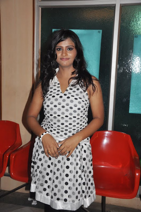 siniya at thalapulla audio launch hot images