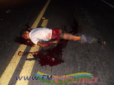 http://3.bp.blogspot.com/-o7-TzNp9W3s/UKmZziT1H_I/AAAAAAAAAjU/OTIU-NTL3eg/s1600/acidente0026.jpg