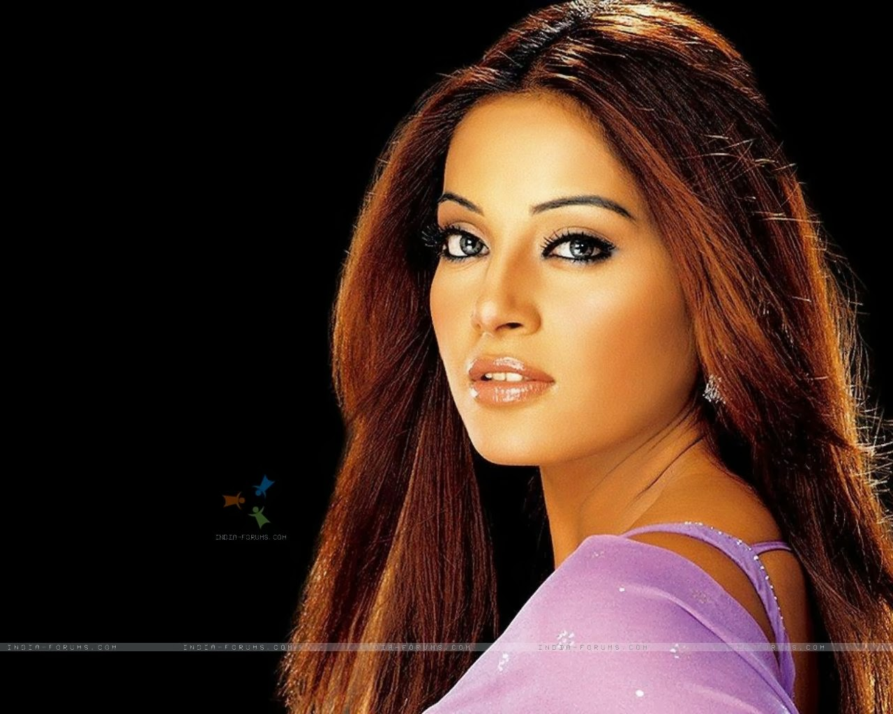 bipasha basu wallpaper/bipasha basu beautiful wallpaper/bipasha basu