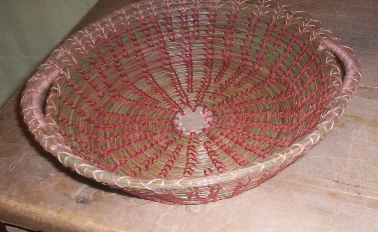 Basket Weaving Expression : Earth baskets another pine needle basket