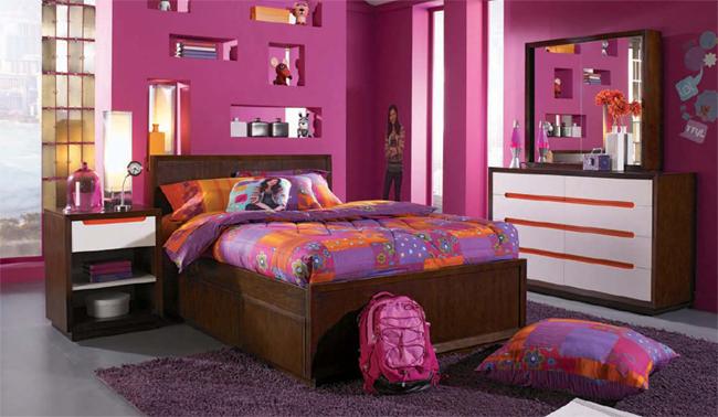 Dormitorios en color p rpura dormitorios con estilo - Que colores combinan con el lila ...